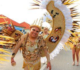 carnival-aruba-grand-parade-san-nicolas-costumes-2018-caribbean-visitaruba-travel.jpg
