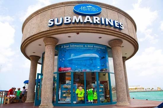 Dads Get a Discount at Atlantis Submarines Aruba for Father's Day!