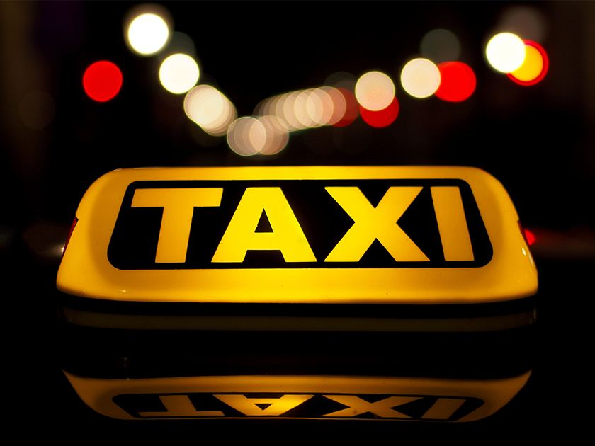 Taxis & Limos image