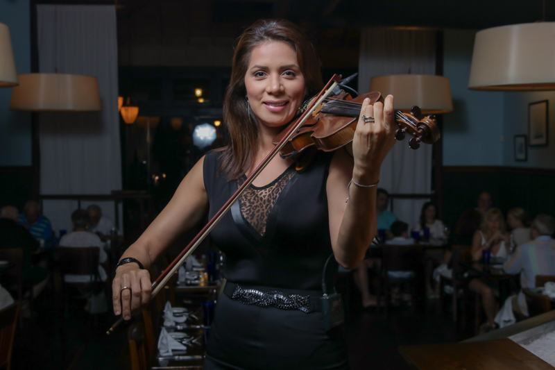 Live Music Fridays with Angela Flores at Aqua Grill Aruba