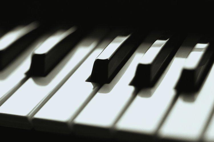 piano_keys_01.jpg